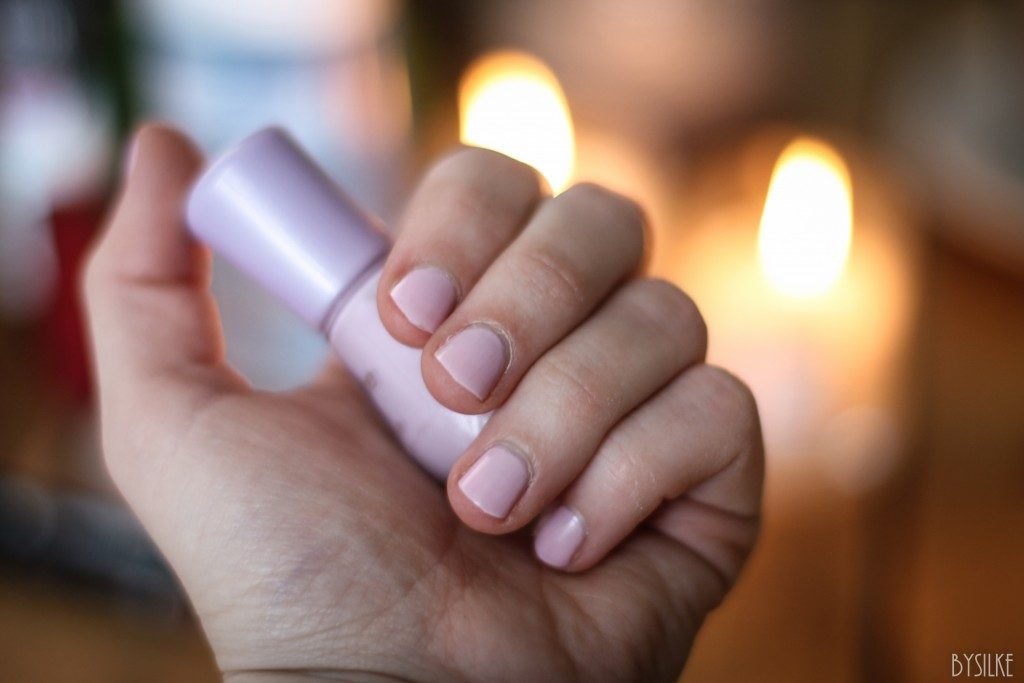 Essence roze gel nagellak